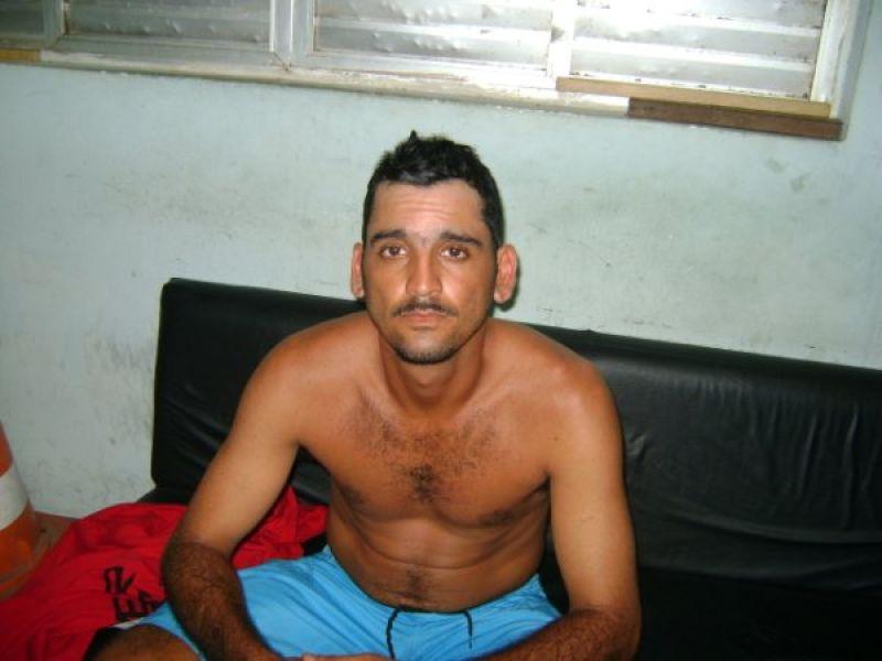 Ex-presidiário é preso em Penedo portando pistola