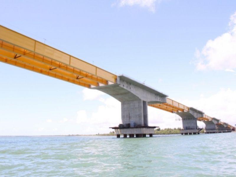 Ponte que liga Aracaju à Itaporanda d`Ajuda fica pronta em 2010